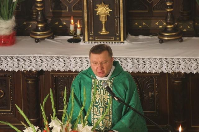 Ks. Jacek Stasiak