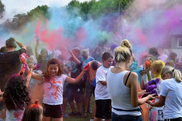 Holi Święto Kolorów, to jedna z imprez towarzyszących Dniom Janikowa 2021