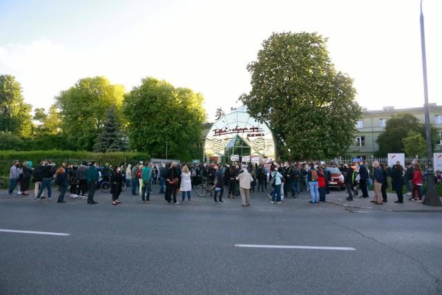 Protest przed Trójką, maj 2020