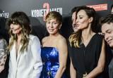 """Tylko ona mogła to zrobić na czerwonym dywanie! Kasia Warnke na premierze filmu """"Kobiety Mafii 2"""" jak królowa mafii! [ZDJĘCIA]"""