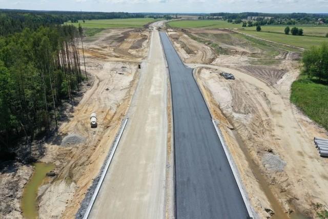 Tak wyglądają postępy prac przy budowie obwodnicy Niemodlina.