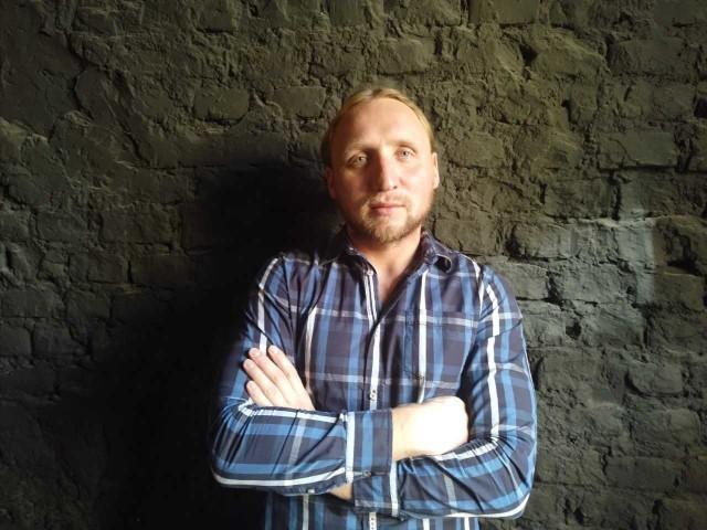 """Autorem projektu """"Tajne nauczanie. Cisi bohaterowie"""" jest Piotr Lasota z Teatru NN"""