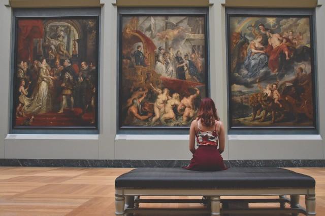 W podkarpackim coraz mniej osób chodzi do muzeów.