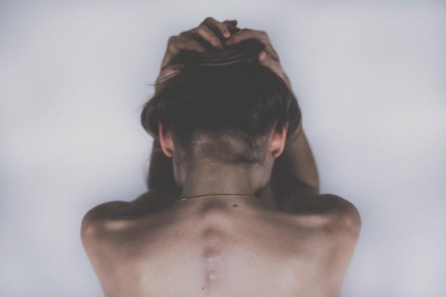 Depresja w pandemii. Te zachowania powinny wzbudzić Twoją czujność>>>