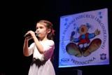 Co się działo na festiwalu piosenki dziecięcej i młodzieżowej. Zobacz młodych wokalistówmm którzy  zachwycili widzów i jurorów [ZDJĘCIA]