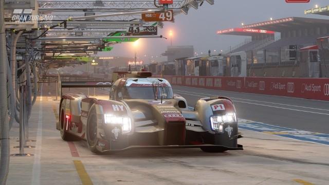 Gran Turismo SportAudi R18, jeden z trzech nowych samochopdów w grze Gran Turismo Sport.