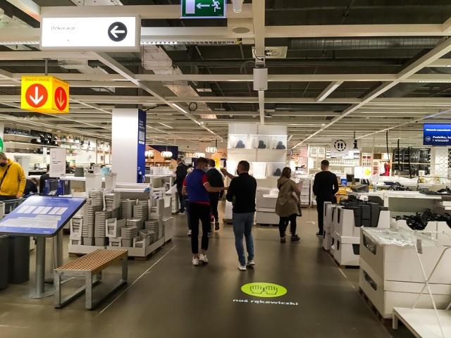 Krakowski sklep IKEA, gdzie pracował mężczyzna zwolniony za krytykę LGBT