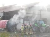 Pożar budynku gospodarczego w Objeździe. Spłonęło 15 metrów sześciennych zboża