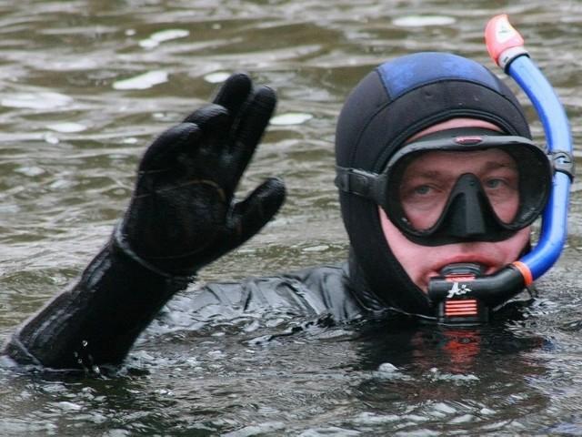 W poniedziałek, 3 czerwca, o 10.00 przy wypożyczalni sprzętu wodnego nad jeziorem Głębokie koło Międzyrzecza odbędzie się pokaz ratownictwa i nurkowania.