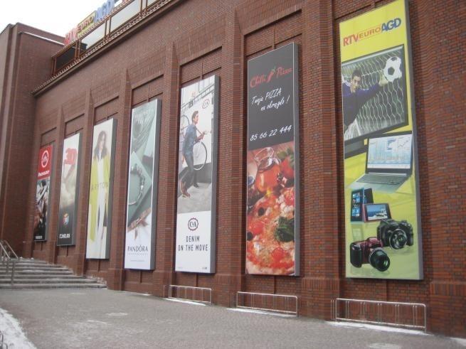 Skarbówka wchodzi do Centrum Handlowego Alfa