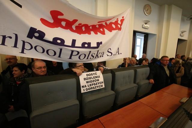Pikieta dolnośląskiej Solidarności podczas obrad Sejmiku 9 lutego