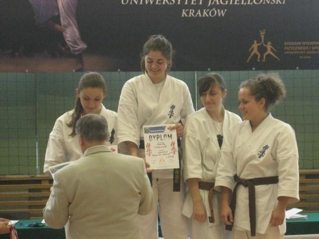 Marta Mazurek z Olesna została akademicką mistrzynią Polski w karate.