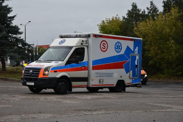 Załoga karetki z Grudziądza została zaatakowana przez agresywnego pacjenta. Miał ponad 2 promile alkoholu.