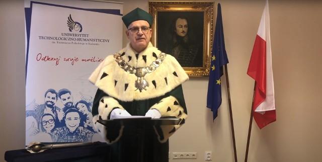 Profesor Sławomir Bukowski, rektor uczelni, przez internet zainaugurował rok akademicki 2020/2021 Uniwersytetu Technologiczno-Humanistycznego w Radomiu.