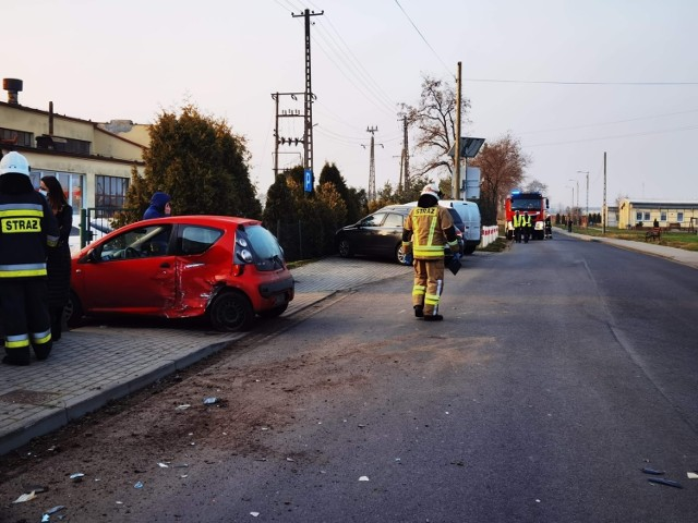 Doszło do wypadku na ulicy Walki Młodych w Gołańczy. Poszkodowana została jedna osoba, która została zabrana do szpitala.
