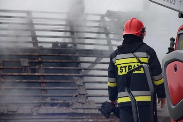 W Niemczynie pod Damasławkiem w płomieniach stanął dom.