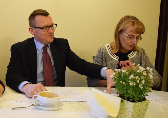 """Radni """"Nowego Inowrocławia"""" złożyli interpelacje w sprawie udziału miasta w programie Mieszkanie Plus"""