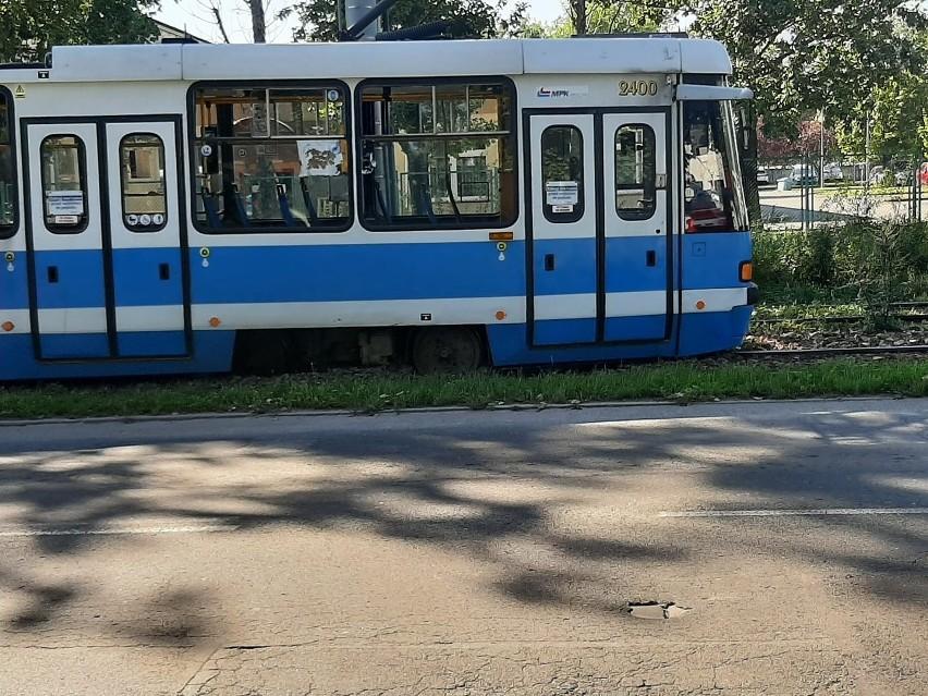 Wrocław: wykoleił się tramwaj. Utrudnienia dla pasażerów MPK