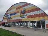 Punkt szczepień przeciw COVID w Katowicach jest w hali MOSiR. Codziennie ma się tutaj szczepić co najmniej 500 osób