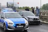 Wypadek BMW na estakadzie Klecińskiej. Ogromne korki (ZDJĘCIA)