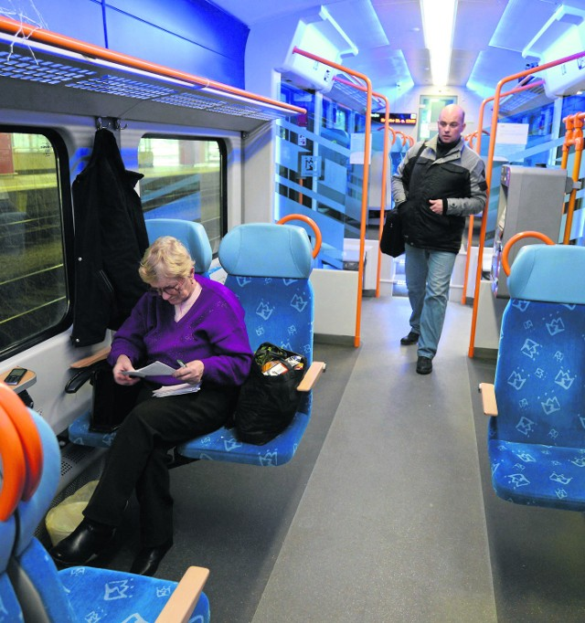 Czy kolej odbierze pasażerów właścicielom busów?