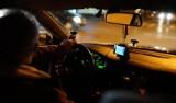 Bestialski atak na łódzkiego taksówkarza. Bili, dusili i wlewali alkohol do ust...