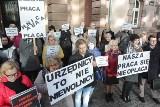 Górnicy z kopalni Piast wspierają protestujących pracowników sądowych w Warszawie