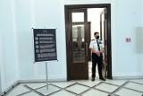 Niejawne posiedzenie Sejmu ws. cyberataków na Polskę. Rzecznik rządu ostrzega przed falą dezinformacji