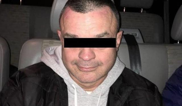 Krzysztof W., fałszywy konwojent, który w 2015 roku w Swarzędzu ukradł 8 mln zł, stara się o wcześniejsze zwolnienie z więzienia. Na dowód dobrej woli, przelał... 10 zł