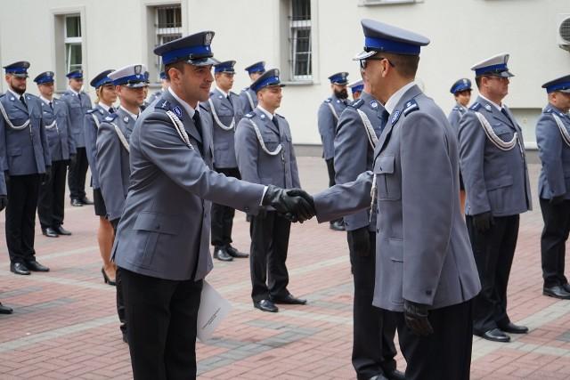 Funkcjonariusze Komendy Miejskiej Policji w Koszalinie obchodzili w czwartek uroczystość Powiatowych Obchodów Święta Policji.