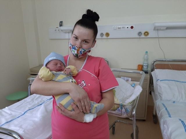 Pierwszy radomianin urodzony w Nowym Roku Kubuś i jego mama Iwona Olszewska.