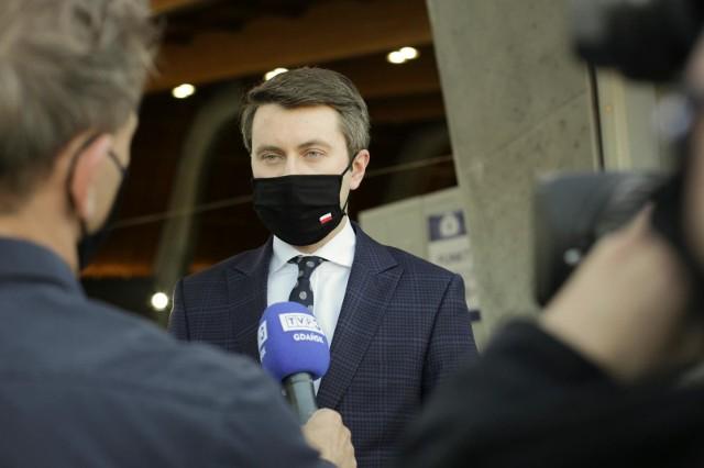 Polski Ład. Piotr Müller: Zaproponowaliśmy rozwiązania podatkowe, dzięki którym zyska 18 milionów Polaków