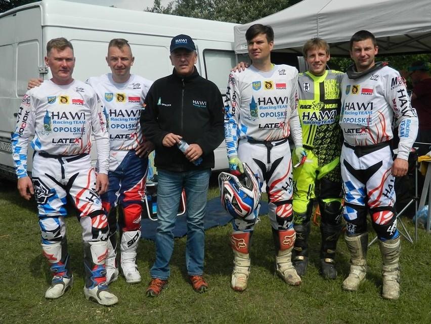Ekipa Hawi Racing Team (od lewej): Zbigniew Lech, Paweł...