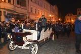 Żary uczciły Narodowe Święto Niepodległości. Marszałek Piłsudski wjechał przed Ratusz limuzyną. Zobacz zdjęcia