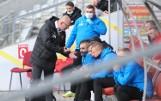 Trener Korony Kielce Dominik Nowak ocenia młodych zawodników, mówi o sytuacji Diaza i Yilmaza