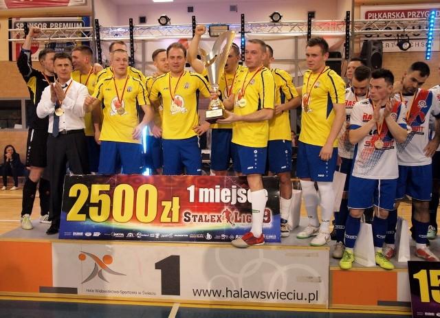 W finale Stalex Ligi w Świeciu Euro-Drób Toruń pokonał Raf-Mix/Stalwit Kamnel Świecie 4:0 (2:0). To trzeci z rzędu triumf torunian w tej lidze.