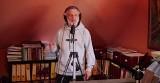 Wójt gminy Sicienko Piotr Chudzyński rapuje dla medyków w #Hot16Challenge2 [wideo]