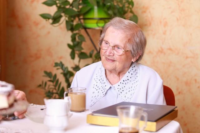 Pani Helena Adamczyk z Drzonowa (powiat chełmiński) w tym roku obchodziła swoje 102. urodziny