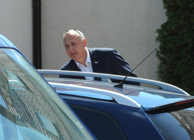 Samochód szefa MSWiA Joachima Brudzińskiego został zatrzymany przez policjantów. Kierowca ministra przekroczył dozwoloną prędkość.