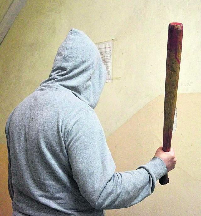 Bandyci bili ofiary kijami bejsbolowymi.