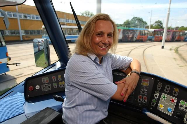 Wiecznie uśmiechnięta Beata Malewska zna się na swojej pracy