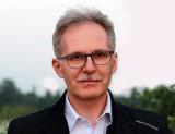 """Czarnobyl: zaskakująco aktualna opowieść o władzy. Ciemnota, buta, kłamstwa """"dla dobra ludu"""". A kto cierpi i umiera w męczarniach?"""