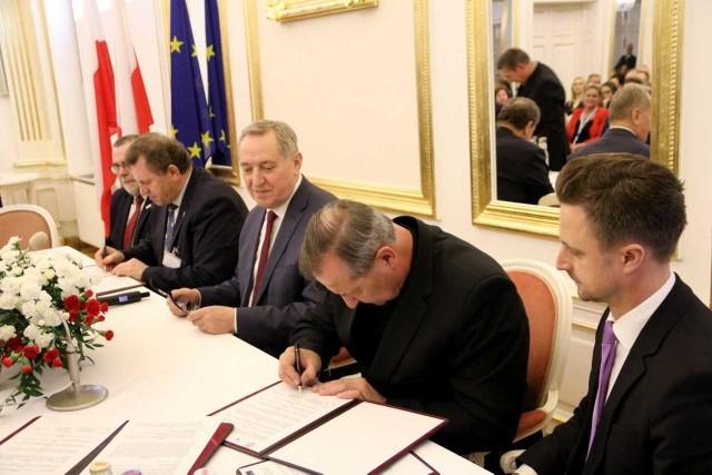 Podpisanie listu intencyjnego to pierwszy krok do utworzenia klastra.