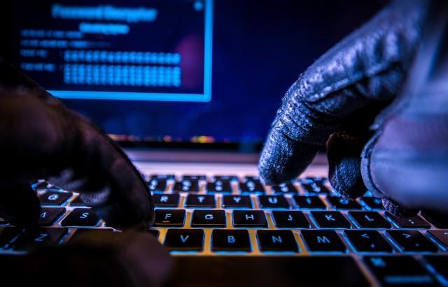 Pomimo kryzysu, w niemal co czwartej firmie zwiększono budżet na cyberbezpieczeństwo.
