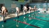 Koronawirus nie przeszkodził Festynowi Bociana. Zawodnicy pływali, pomagając w ten sposób dzielnemu Kajetanowi