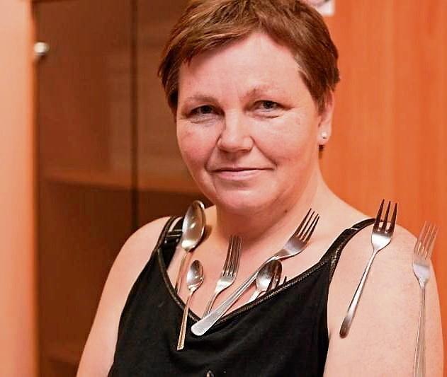 Dorota Łyczak: Przyciągane przeze mnie telefony komórkowe...