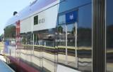 Dodatkowe połaczenia na trasie Władysławowo-Hel. Do Helu pojadą autobusy. Mają rozładować tłok w pociągach. [Rozkład jazdy]
