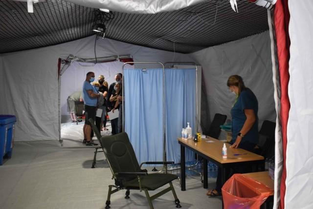 Mobilne punkty szczepień już wcześniej powstały w innych miejscach Małopolski. Akcja zorganizowana została m.in. na Krupówkach w Zakopanem
