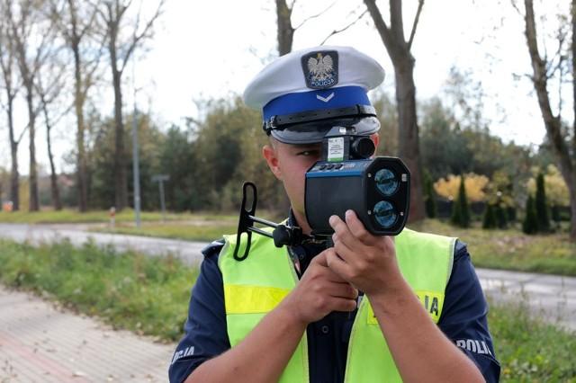 W czwartek policjanci kontrolowali prędkość kierowców na ul. Głogowskiej w Raculi.