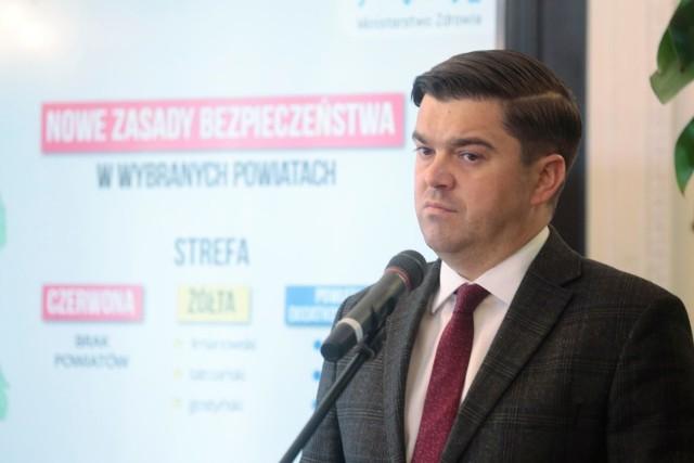 Andrusiewicz: Nie możemy otworzyć restauracji, barów i siłowni
